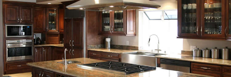 Milwaukee Home Remodeling - Kitchens - Bathrooms - Basements - Attic