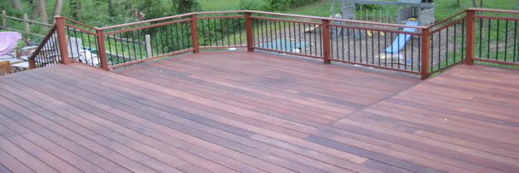 Milwaukee Deck Builders - Cedar Decks - Ipe Decks - Composite Decks - Pressure Treated Decks